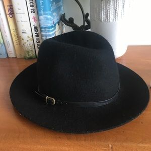 Banana Republic Wool Hat